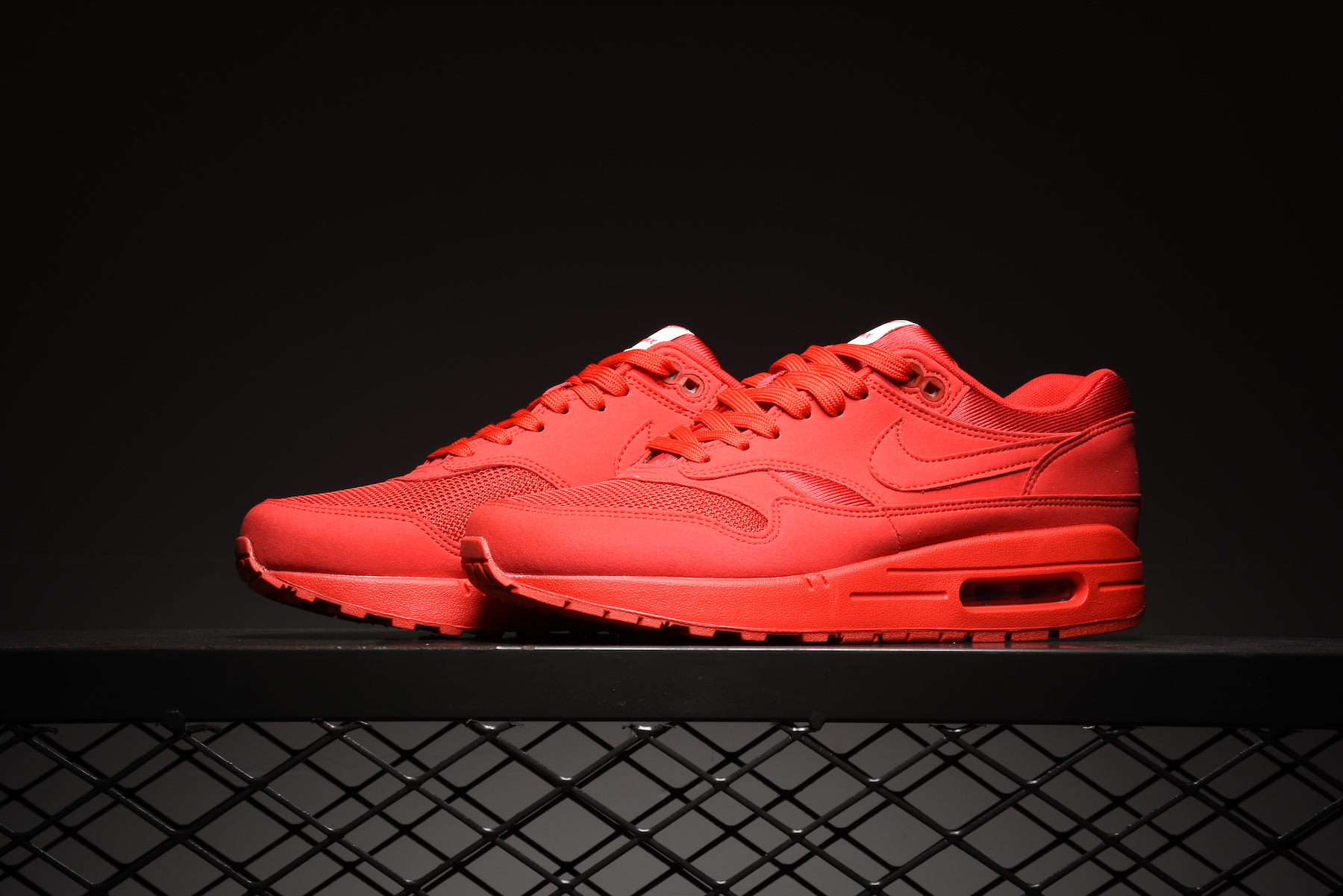 Air Max 1 - All Red