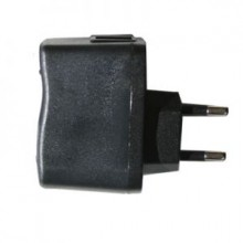 USB / 220 V Adapter / 1A