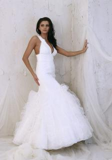 Svatební šaty 511 980bbd29cf
