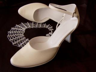 Svatební obuv 074