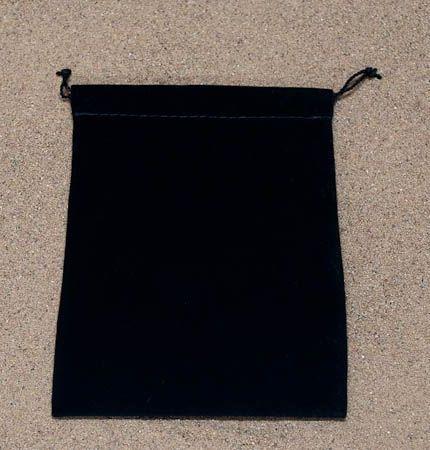 Černý semišový střední 10,5x14,5 cm