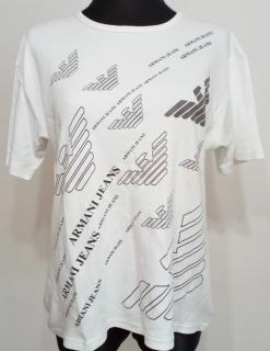 fc58c2a90564 Dámské triko Armani vel.48