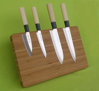 SEKIRYU sada SRSET 4ks japonských kuchyňských nožů na magnetickém stojanu